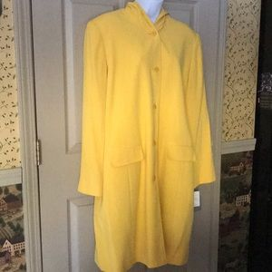 OFFERS ACCEPTEDLiz Claiborne Yellow Hooded Trench